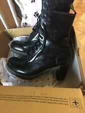 Dr Martens Boots Ladies Size 9