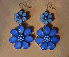 Lange oorbellen met 2 blauwe bloemen  NIEUW