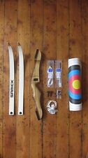 "Samick Polaris 64"" - 68"" Recurve Bow with extras, ideal for archery novices"