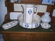 Waschgeschirr Krug Schüssel Kammschale Seifenschale Keramik Royal Maastricht