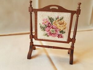 Dolls house McQueenie Miniatures embroidered fire screen
