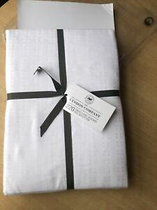 The lyndon Company £160 Super King Duvet Cover White 400 Thread Count bedding