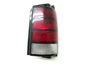 FOR 1991 1992 1993 1994 1995 DODGE CARAVAN RIGHT HAND TAIL LIGHT