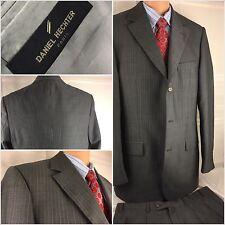 Daniel Hechter Suit 42L Gray Stripe 3btn Super 100s 36x31 Pleat 42 L YGI 7783