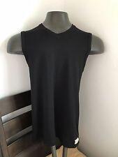 2(X)IST Men's V-Neck T-Shirt Sleeveless Says Large But Feels Like a Snug Medium