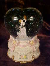 Sankyo BRIDE WEDDING Snow Globe MUSIC BOX Glass HEARTSHAPE Globe Water Snow Ball