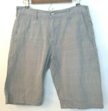 Levi's Mens Chino Shorts Gray, White Plaid Style 666 Measures as Size 32