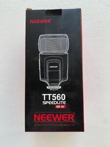 Neewer TT560 Flash Speedlite for Hot Shoe Canon Nikon Sony Camera