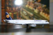 Phoenix 1:400 Lufthansa Airbus A320-200 D-AIZI (PH4DLHXXX) Die-Cast Model Plane