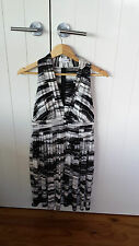 Calvin Klein Black/white Ladies dress Size  8P