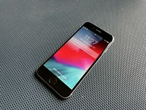 Apple iPhone 6 - 64GB - Space Gray (Unlocked) A1549 (GSM)