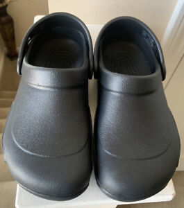 CROCS women's Black Shoes Clogs Size 7