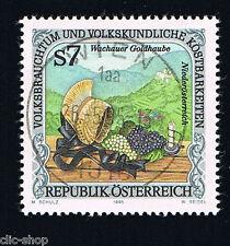 AUSTRIA 1 FRANCOBOLLO USI E COSTUMI FOLCLORE CUFFIA D'ORO 1995 timbrato