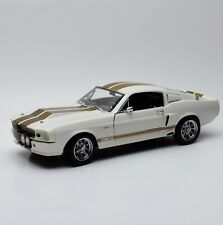Shelby Collectibles Shelby G.T. 500 Sportcoupe Bj.1967 in weiss, 1:18, V002