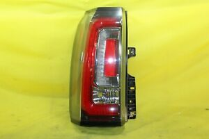 🚂 15 16 17 18 19 GMC Yukon or XL Left LH Driver Tail Light OEM *HOLE IN HOUSING