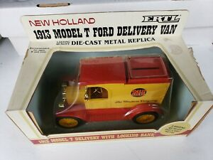 Ertl Ford 1913 Model T New Holland NH Delivery Van 1:25 Die Cast Toy Bank