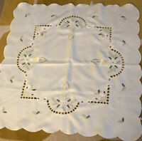 "VTG WHITE SQUARE EMBROIDERED CANDLE HOLLY LEAF TABLECLOTH CHRISTMAS 33"" X 33"""