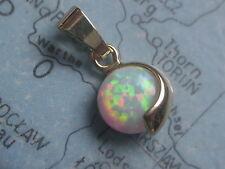 Kettenanhänger Gold 375 mit Opal 7 mm rund, kleiner runder Opalanhänger Gold 375