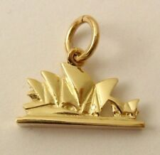 SOLID  9ct  Yellow GOLD  3D  SYDNEY OPERA  HOUSE  AUSTRALIA Charm/Pendant