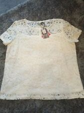 BRAND NEW ALICE & YOU CREAM LACE TOP IN SIZE 22
