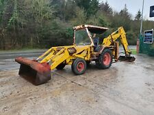 JCB 3C MARK111 BACKHOE / MANUAL GEARBOX / 4 CYLINDER ENGINE / YEAR 1978