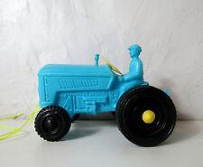 jouet ancien tracteur bleu en plastique moulé