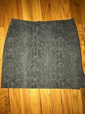 Guess Collection Snakeskin Pencil Skirt With Side Slits Size 4