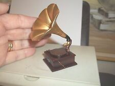 OLD FASHIONED -  GRAMOPHONE-  - DOLL HOUSE MINIATURE