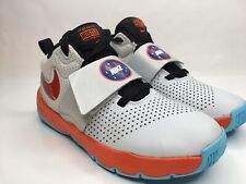 Nike Team Hustle D 8 SD (GS) Brand New, Size US4y, UK3.5, EUR36