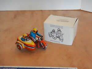 WIND UP TIN LITHO MOTORCYCLE WITH SIDE CAR, WORKING, ORIGINAL BOX, MS 281, NOS