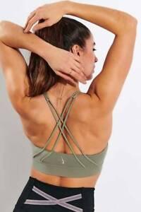 Nike Swoosh Luxe Women's Medium-Support Padded Sports Bra Army Green size Medium