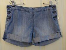 NWT GAP Size 4 Womens Button Detail Denim Jean Shorts