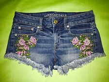 American Eagle Sz 2 Denim Jean SHORT with embroidered flowers