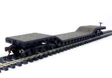 BACHMANN HO DEPRESSED FLAT CAR WITH NO LOAD  BACHMANN 18349 6 WHEEL TRUCKS