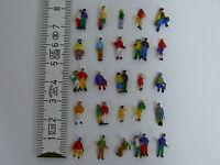 100 Stück Figuren Paare Kinder Familien zu Spur N NEU 1:160 Modellbahn Bahnhof