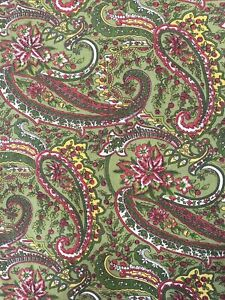 """April Cornell Christmas Poinsettia Green Red Paisley Cotton Table Runner 14 x72"""""""