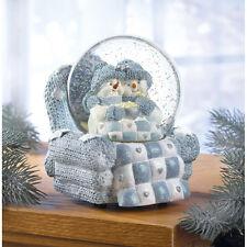 "New 6"" SNOW BUDDIES SNOWMAN MUSICAL WATER GLOBE w Cuddling Couch Potato Snowmen"
