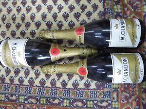 3 Flaschen Moet & Chandon M. Chandon SEC je 0,75 Liter Original Sekt
