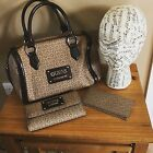 """RARE BRAND NEW DESIGNER """"GUESS"""" PROPOSAL WITH MATCHING PURSE & NOTE WALLET"""
