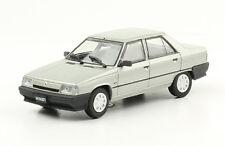 Renault 9 (1994) Diecast 1:43 Autos Inolvidables Argentina w/mag