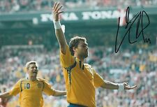 JOHAN ELMANDER SWEDEN INT 2002- 2015 ORIGINAL HAND SIGNED LARGE PHOTOGRAPH