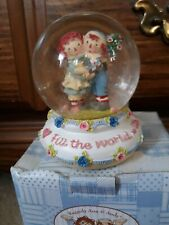 Previously  owned IN BOX Raggedy Ann & Andy Snow  globe by Russ