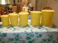 Vintage 5 Piece Yellow Tupperware Servalier  Canister Set