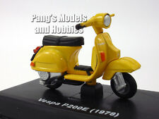 Vespa P200E (1978) 1/32 Scale Die-cast Metal Model by NewRay