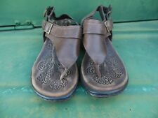 Born Dark Brown Leather Buckle Thong Sandals Boho Women's Size 6