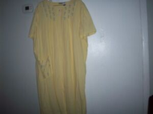 Coffee Time Yellow/ Blue Floral Yoke Searsucker  Zip Front House Duster Size 2X