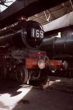 PHOTO  GWR  COLLETT 'CASTLE' CLASS 5051 'EARL BATHURST' AT REST IN A SHAFT OF SU