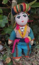 Antico Buddista indonesiano colorato boydoll Bambola di stoffa fatti a mano