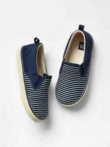 GAP Baby / Toddler Boy Size US 7 Navy Blue White Striped Slip-On Sneakers Shoes