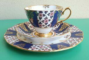 VINTAGE ROYAL ALBERT 100 YEARS 1900s REGENCY BLUE FLORAL TRIO CUP SAUCER PLATE